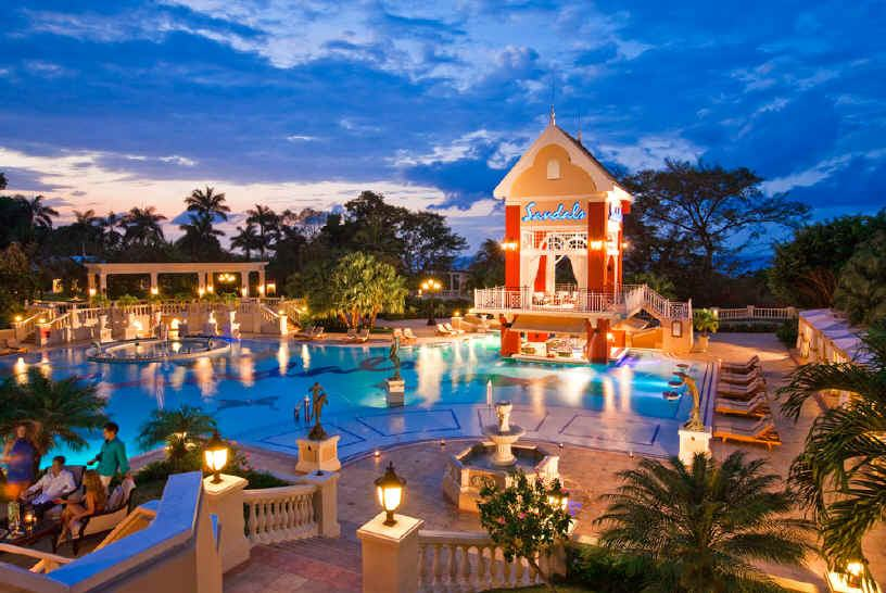 a88b9e3ccb9ce5 private-airport-transfer-to-sandals-royal-caribbean.. - Jamaica ...