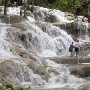 jamaica-get-away-travels-dunns-river-falls