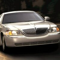 private-transfer-to-ocho-rios-hotels-from-montego-bay-airport.....