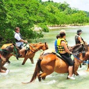 rhodes-hall-plantation-jamaica-get-away-travels