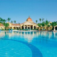 kingston-private-airport-transfers-to-sandals-whitehouse..