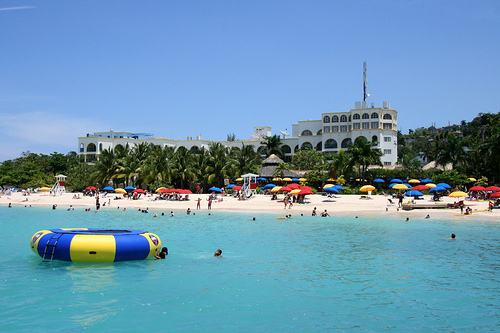 Doctors Cave Beach Hotel Transfer From Montego Bay Airport