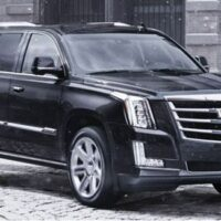 cadillac-escalade-private-transfers-to-strawberry-hill-hotel-kingston-airport