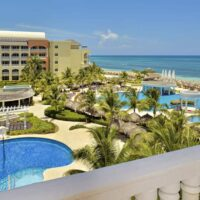 private-transfer-from-montego-bay-airport-to-iberostar-resorts