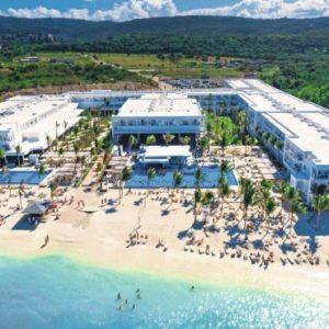 transfers-from-montego-bay-airport-to-riu-palace-rose-hall