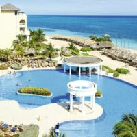 Montego Bay Private Airport Transfer To Iberostar Rose Hall Suites