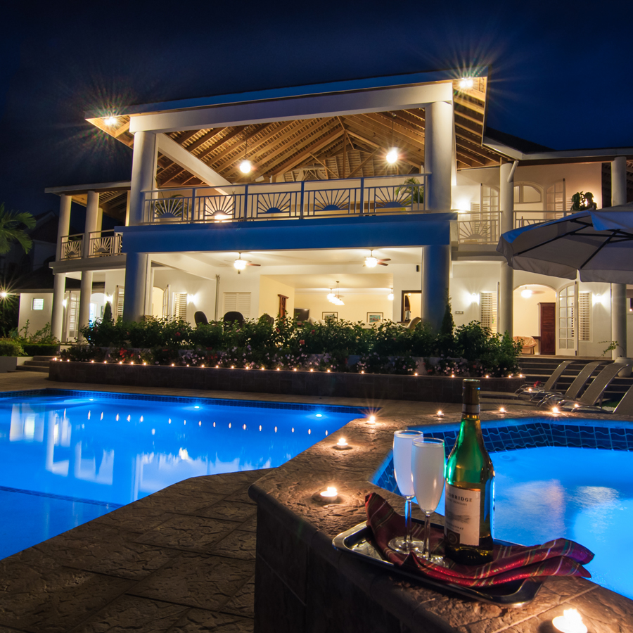 Fairway manor villa private transfer from montego bay airport for Fairway house