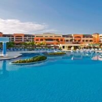 Private Luxury Hiace From Kingston Airport to Iberostar Rose Hall Resort
