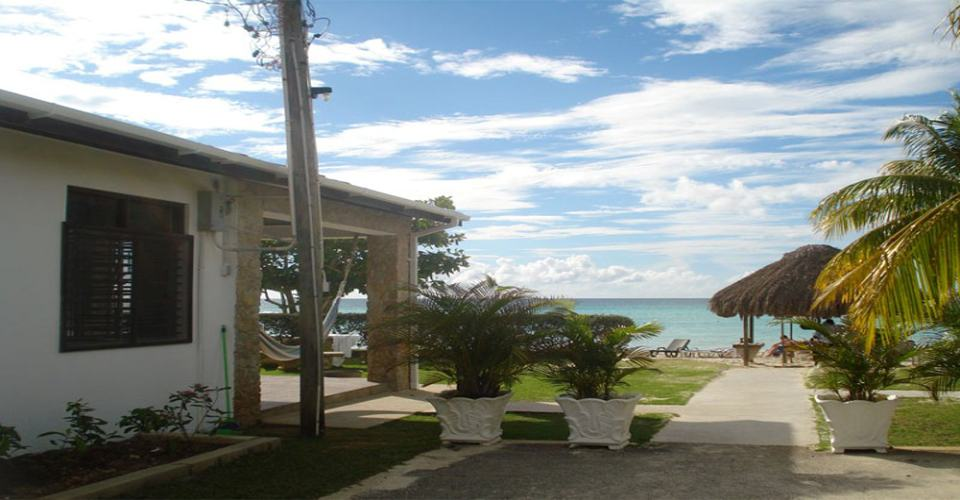 Crystal Waters Villas Transfer From Montego Bay Airport