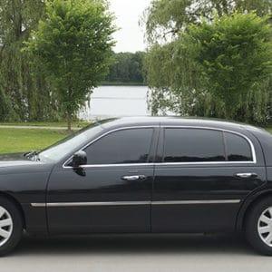 Kingston Airport Town Car Transfer To Jewel Dunn's River Resort-Kingston