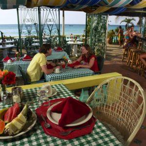 legends-beach-resort-transfer-from-montego-bay-airport