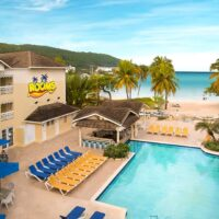 private-transfer-from-ocho-rios-hotels-to-negril-hotel