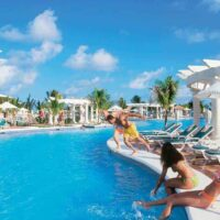 transfer-from-montego-bay-airport-to-riu-ocho-rios